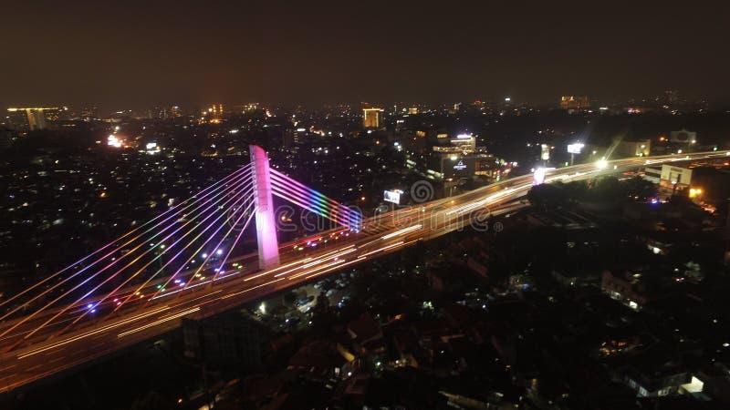 Natt på bron arkivfoton