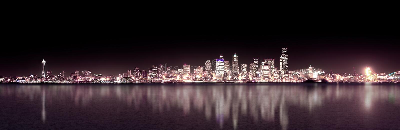 natt panorama- purpura seattle arkivbild