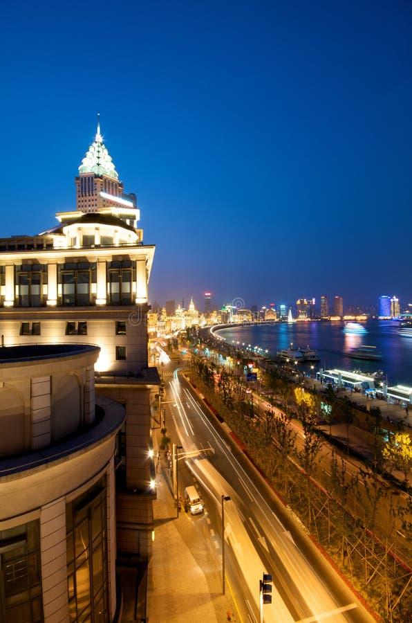 Download Natt shanghai arkivfoto. Bild av finansiellt, hotell - 19791512