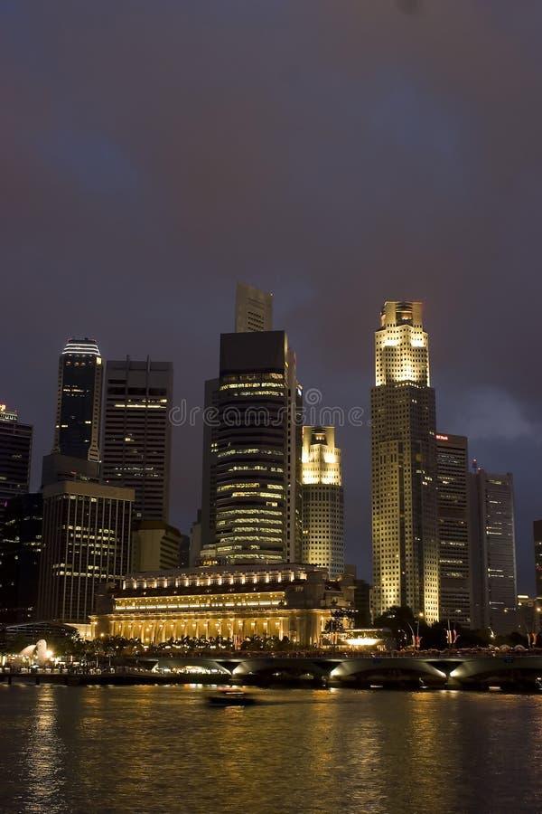 natt singapore arkivfoton