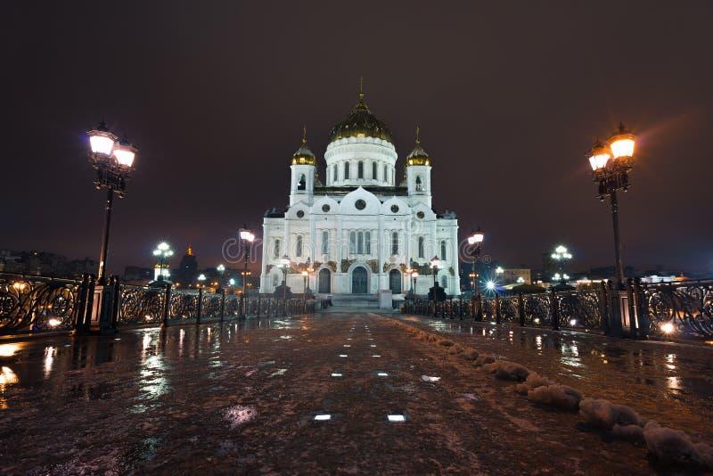 Natten Beskådar På Sanktt Basilika Domkyrka I Moscow, Ryssland Arkivbild