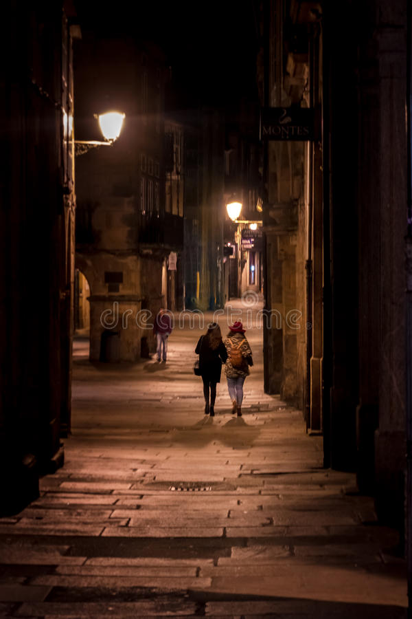 Natten går i Santiago de Compostela royaltyfri fotografi