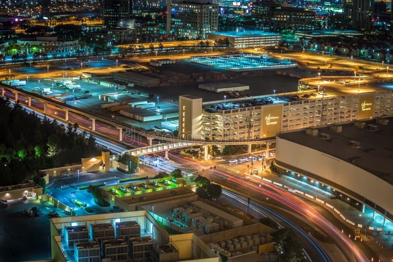 Nattetid till soluppgång i Las Vegas royaltyfria bilder