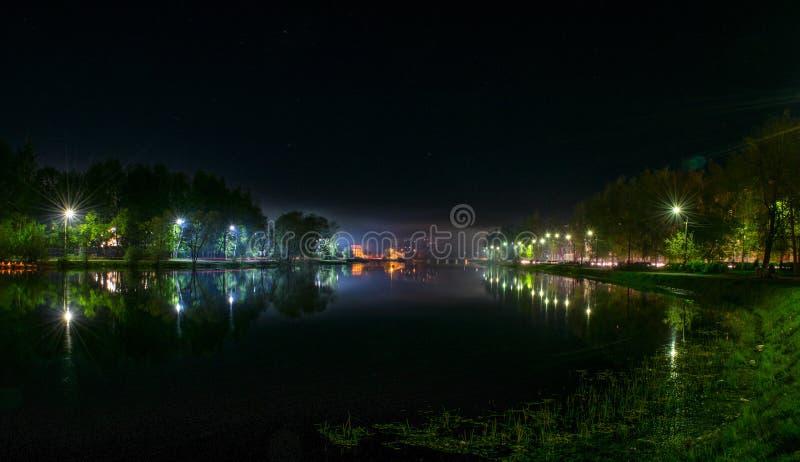 Nattflod arkivbilder