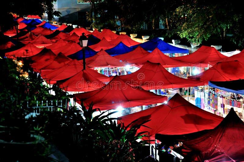 Nattmarknad i Laos royaltyfri foto