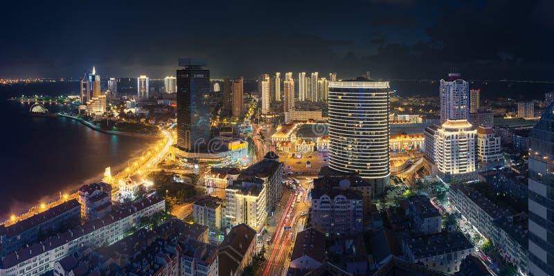 Nattplats av Qingdao royaltyfri fotografi