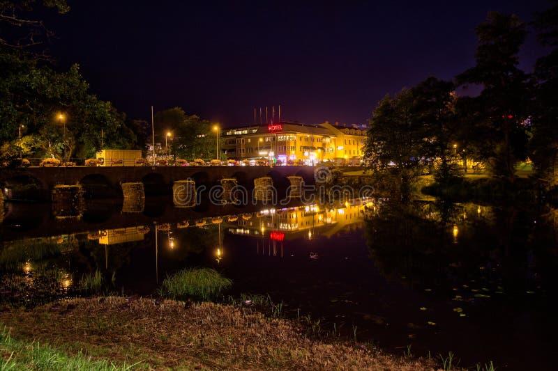 Nattplats vid floden i Värnamo fotografering för bildbyråer