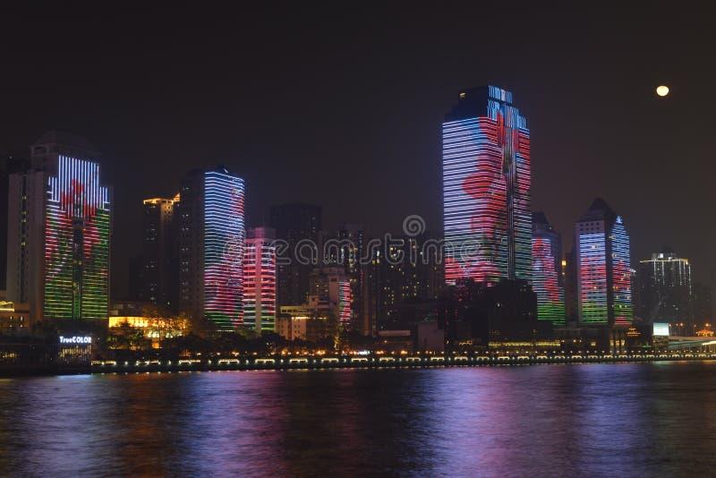Nattplatsen längs Pearl River i Guangzhou arkivbild