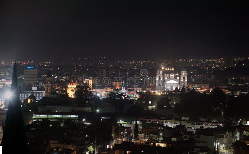 Nattscen i Toluca mexico historiska center fotografering för bildbyråer