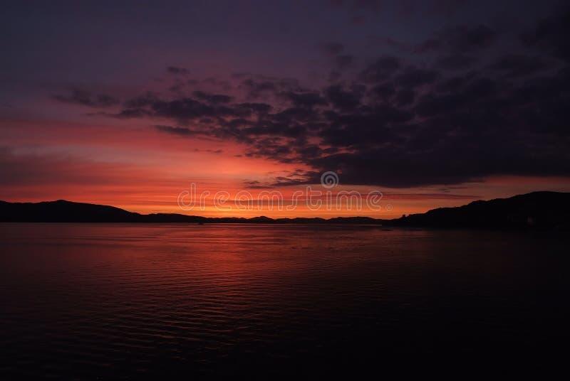 Nattseascape i Bergen, Norge arkivbilder