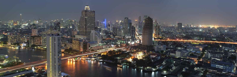 Nattsikt av Bangkok arkivfoton