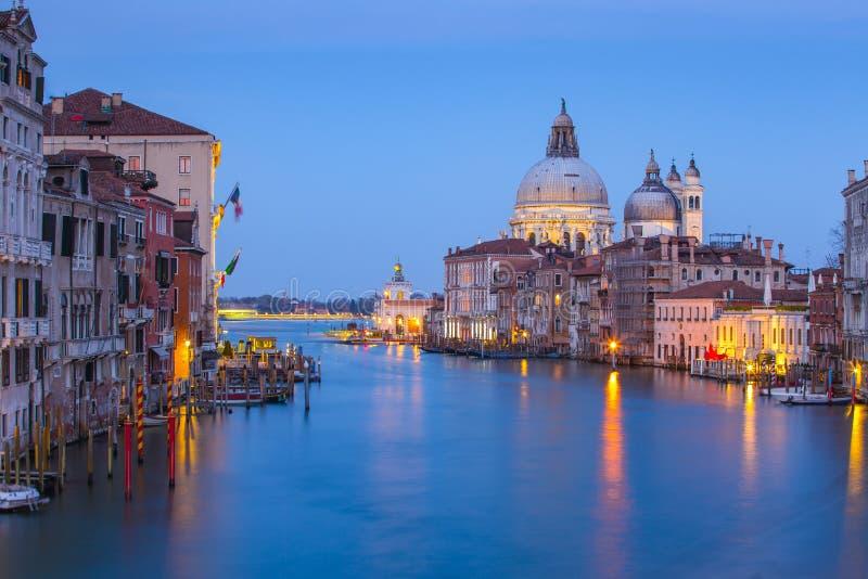 Nattsikt av Grand Canal i Venedig, Venezia, Italien arkivbild