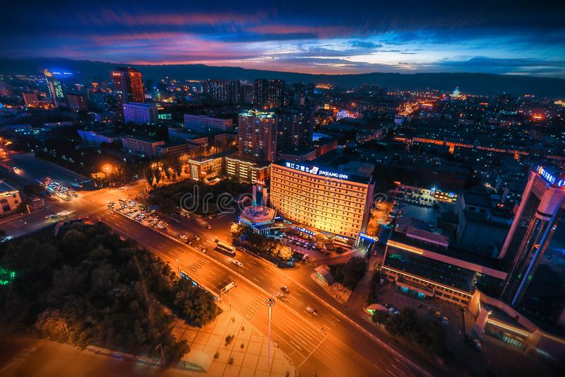 Nattsikt av Hohhot, Inner Mongolia arkivfoto