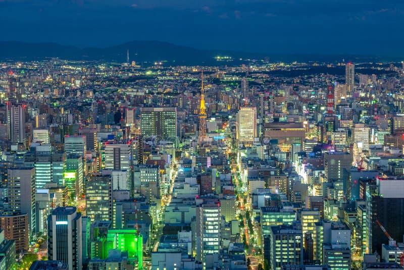 Nattsikt av nagoya med det nagoya tornet i Japan royaltyfri fotografi