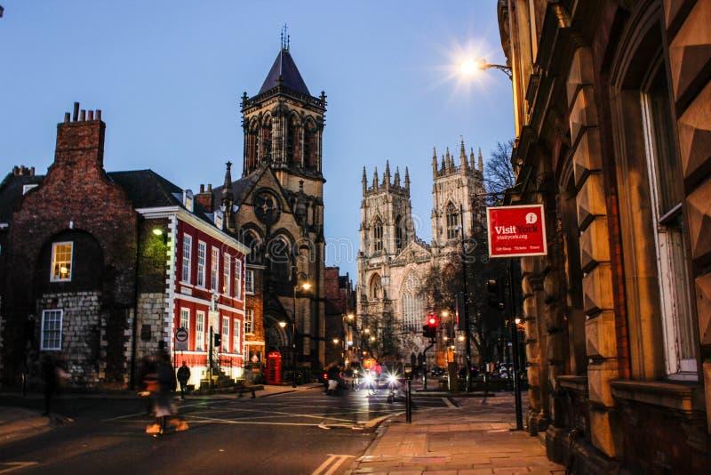 Nattsikt av York den gamla staden i Februari 2019 royaltyfria bilder