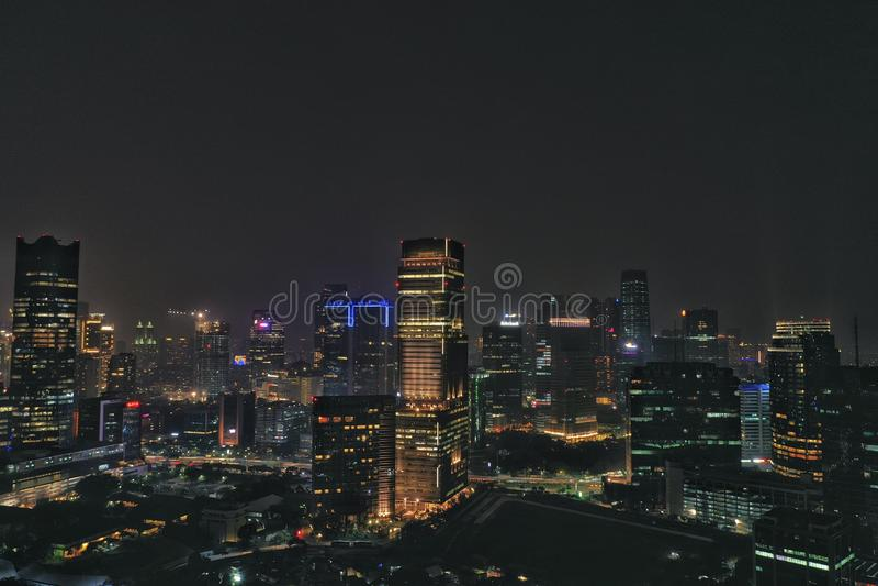 Nattsikt i Jakarta Indonesien arkivfoto