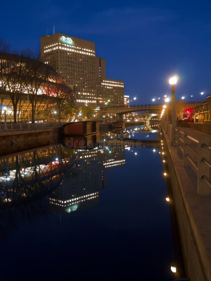 NattsiktsRideau kanal Ottawa Ontario Kanada arkivbilder