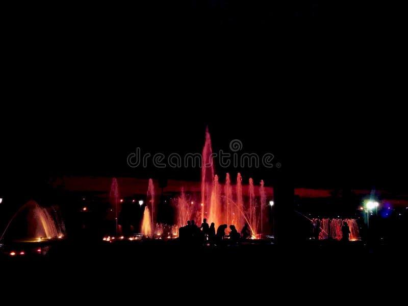 Nattspringbrunn fotografering för bildbyråer