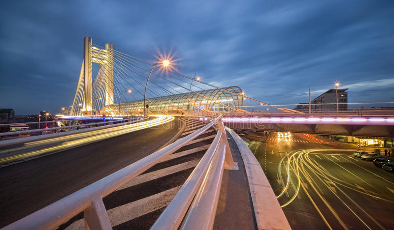 Nattstaden trafikerar arkivfoton