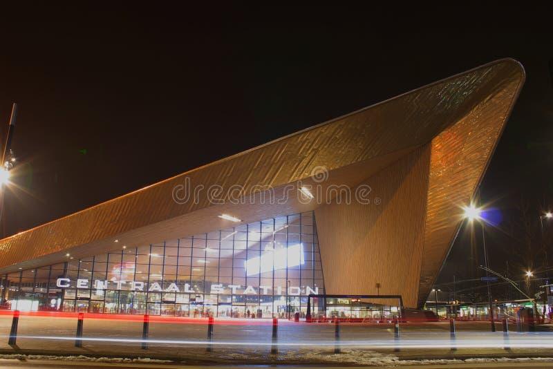 Nattstadssikt av Rotterdam, Netherland royaltyfria bilder