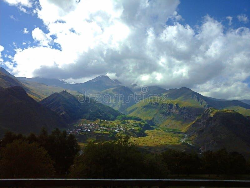 Natur av berg arkivfoton
