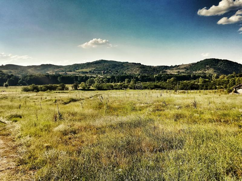 Natur berg, Vaksevo, Bulgarien, himmel royaltyfri bild