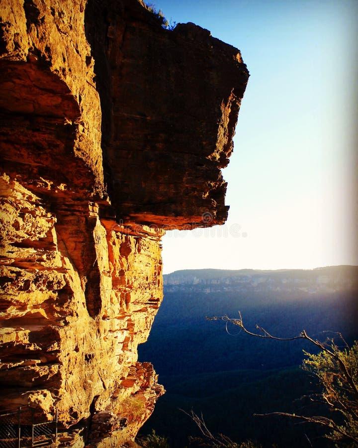 Natur bluemountains Australia falezy zmierzchu skały wysokiego widoku ciepły błękitny kolor fotografia royalty free