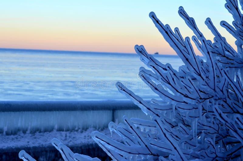 Natur f?r is f?r himmelsolsken kall fotografering för bildbyråer