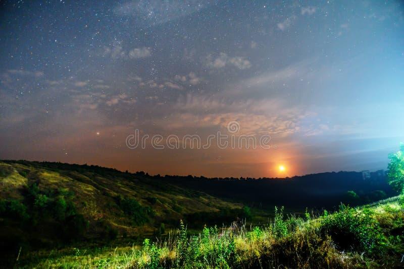 Natur för soluppgång för ljus för bakgrund för solnedgånghimmelstjärna för design fotografering för bildbyråer