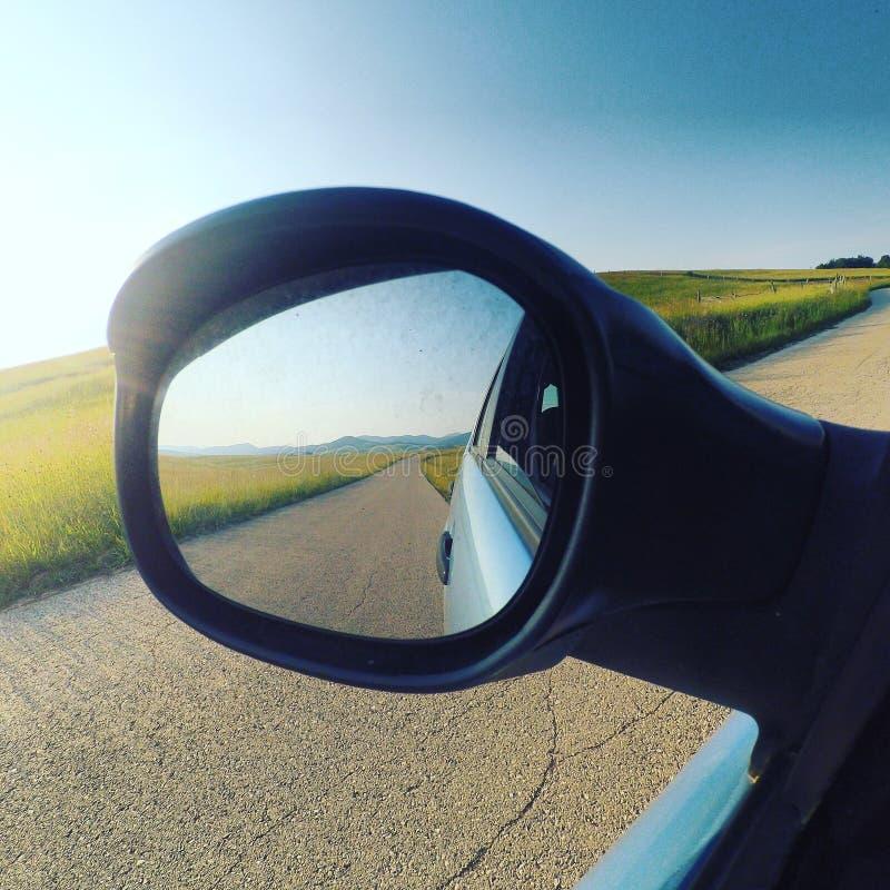 Natur för sommartid i spegeln royaltyfria foton