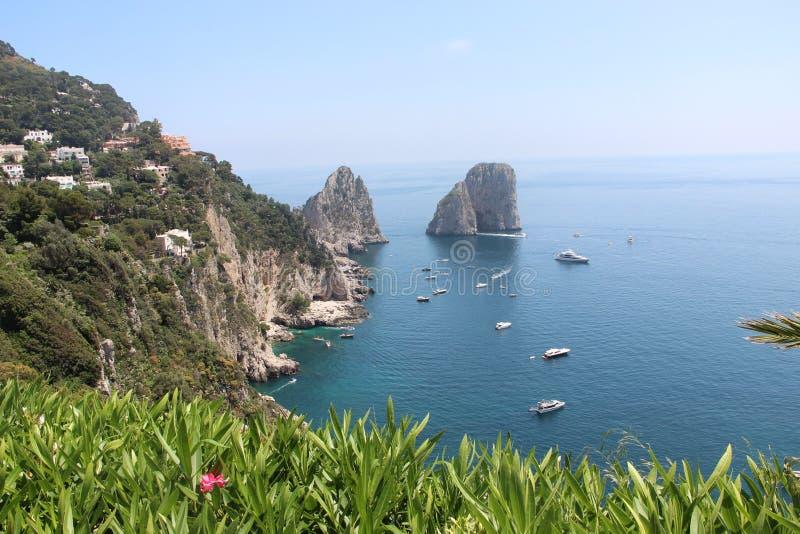 Natur Italien för vår för landskapCapri ö härlig royaltyfri fotografi
