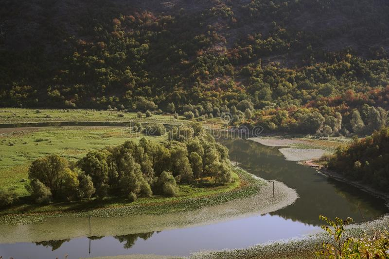 Natura affascinante del Montenegro ad agosto fotografie stock