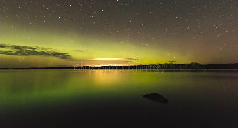 Natura di stupore della Carelia, foto di alba e del tramonto, aurora boreale fotografie stock
