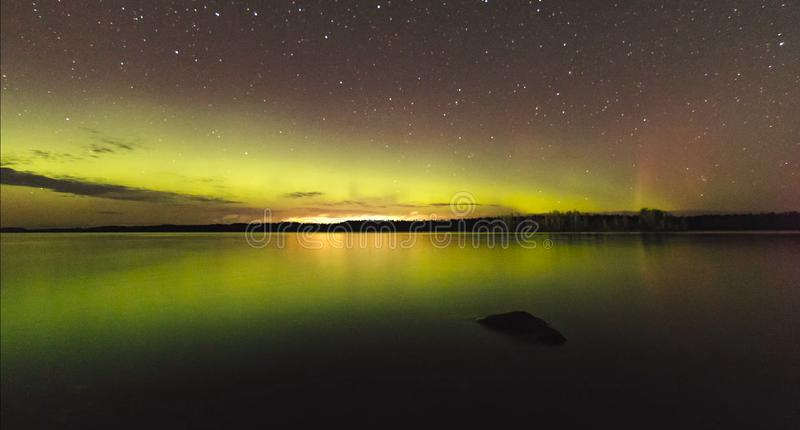 Natura di stupore della Carelia, foto di alba e del tramonto, aurora boreale fotografia stock libera da diritti
