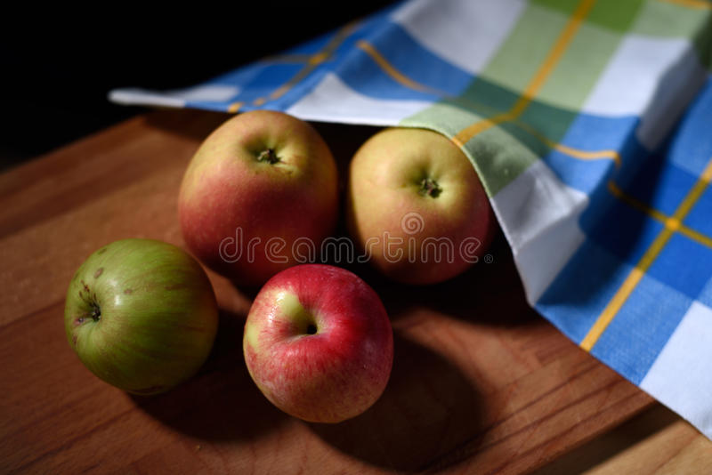 Natura morta con le mele fotografie stock libere da diritti