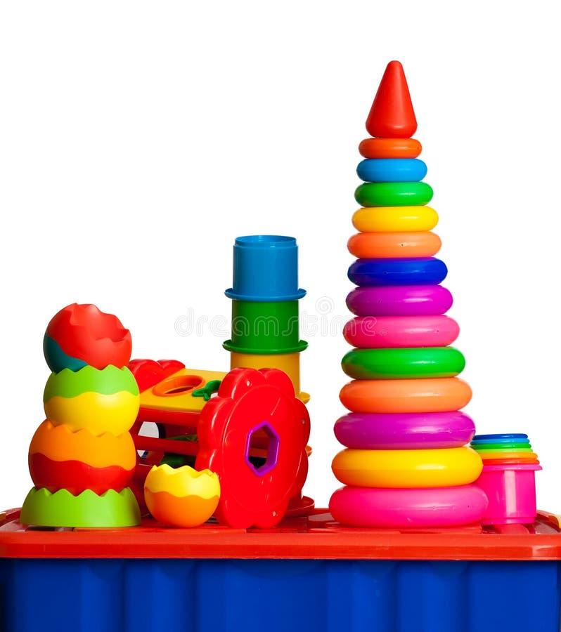 Natura morta dei dai giocattoli colorati multi immagini stock
