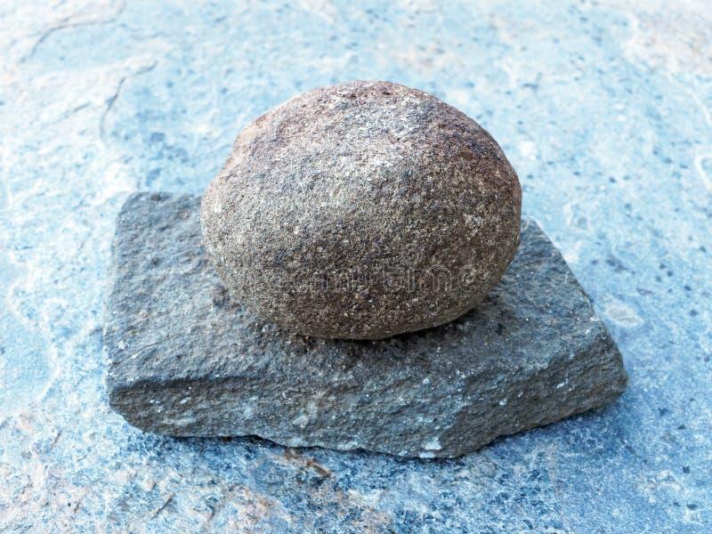 Natura morta della roccia di stile giapponese fotografia stock libera da diritti