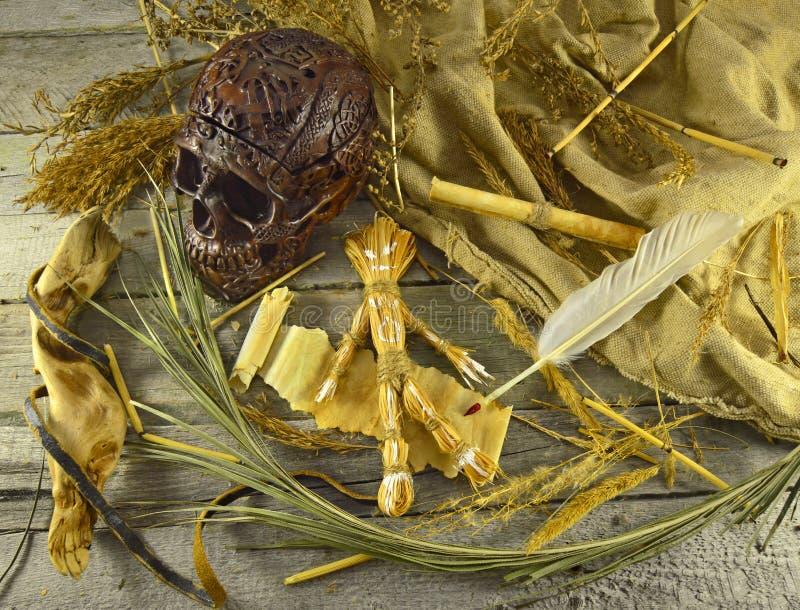 Natura morta 2 di voodoo immagini stock