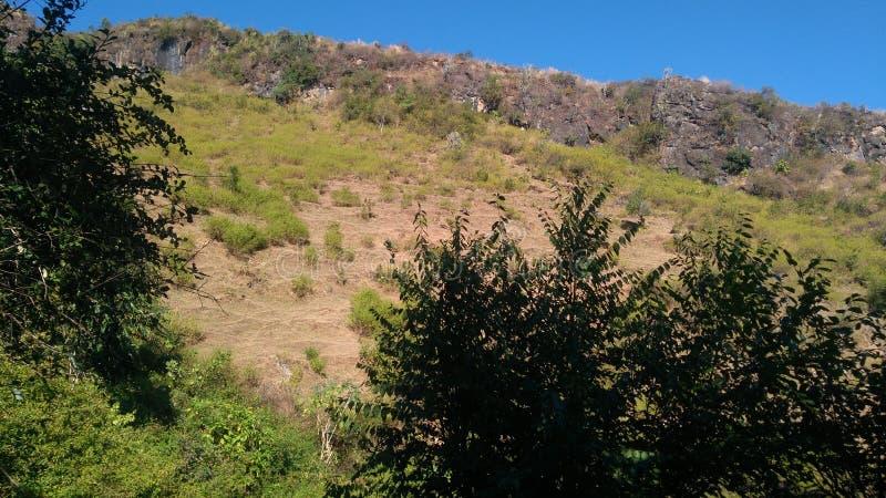 Natura, vista della collina di Uttarakhand fotografie stock libere da diritti
