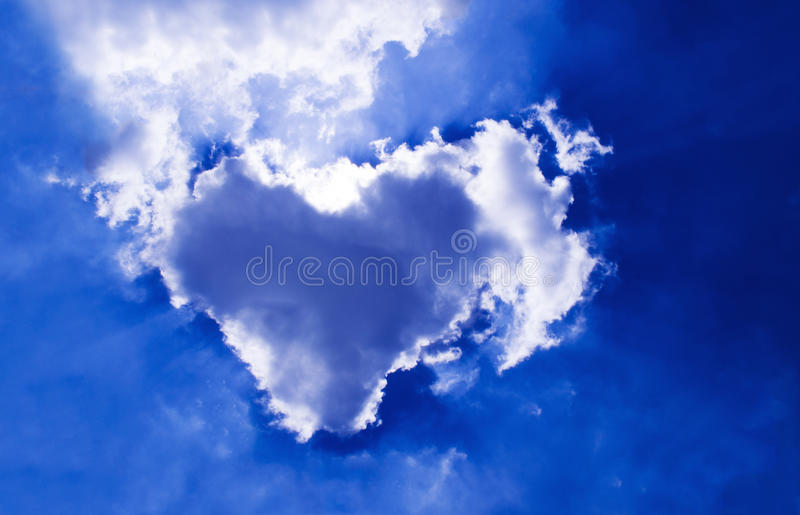Natural cloud heart royalty free stock photo