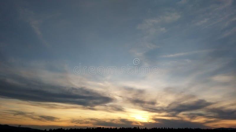 Naturaleza, citas, sol, nubes, puesta del sol foto de archivo