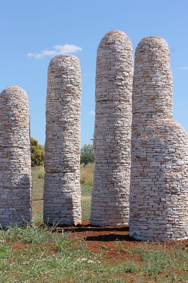 Naturaleza Croacia living lifeforms unedited Arte Rocas los cuatro Dom Cielo azul estatuas imagen de archivo libre de regalías