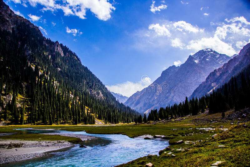Naturaleza de Kirgiz del área de Kol del Ala fotografía de archivo