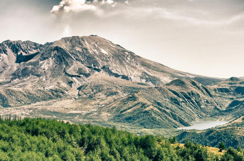 Naturaleza del Monte Saint Helens, U S A imagenes de archivo
