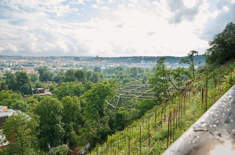 Naturaleza hermosa de Praga de una altura foto de archivo libre de regalías