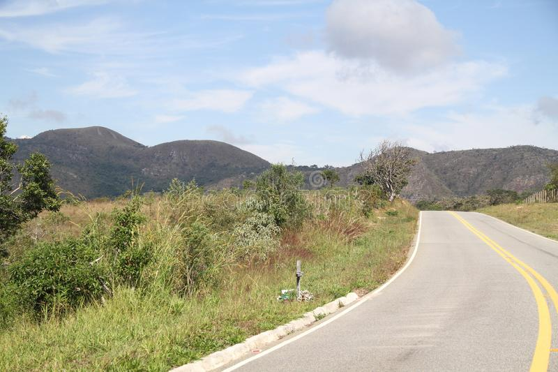 Naturaleza Lavras Minas Gerais Brazil de la montaña de MG 354 de la carretera del paisaje imagen de archivo libre de regalías