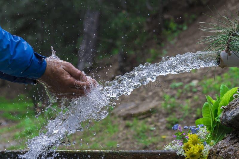 Naturalna woda pitna obrazy stock