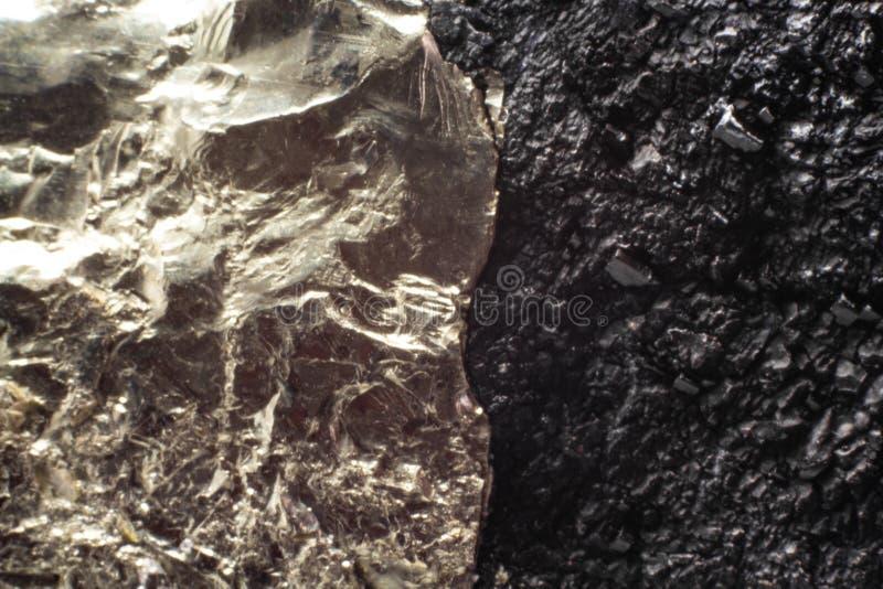 Naturalnego złotego pirytu makro- tekstura obrazy stock