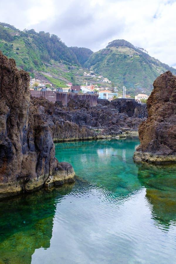 Naturalni Pływaccy baseny w Porto Moniz fotografia royalty free