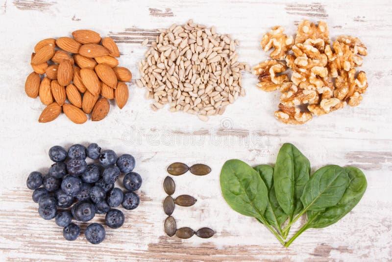 Naturalni składniki jako źródło witamina E, kopaliny i żywienioniowy włókno, zdjęcie royalty free